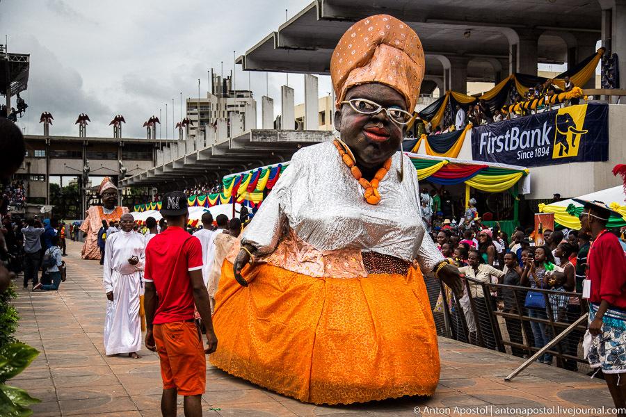 Лагосский карнавал. Версия 2. Часть 2.