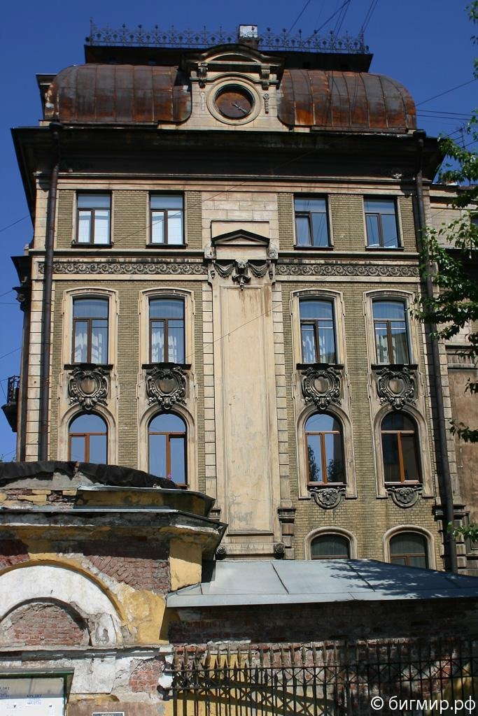 Ремонт фасадов домов в центре Санкт-Петербурга