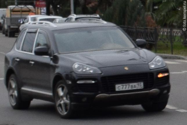 Автомобили с номерными знаками 777 в Сочи