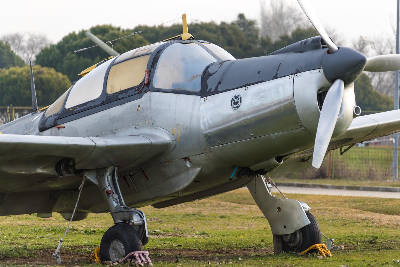 Museo del Aire: учебно-тренировочный самолет Morane Saulnier MS-733 Alcyon.