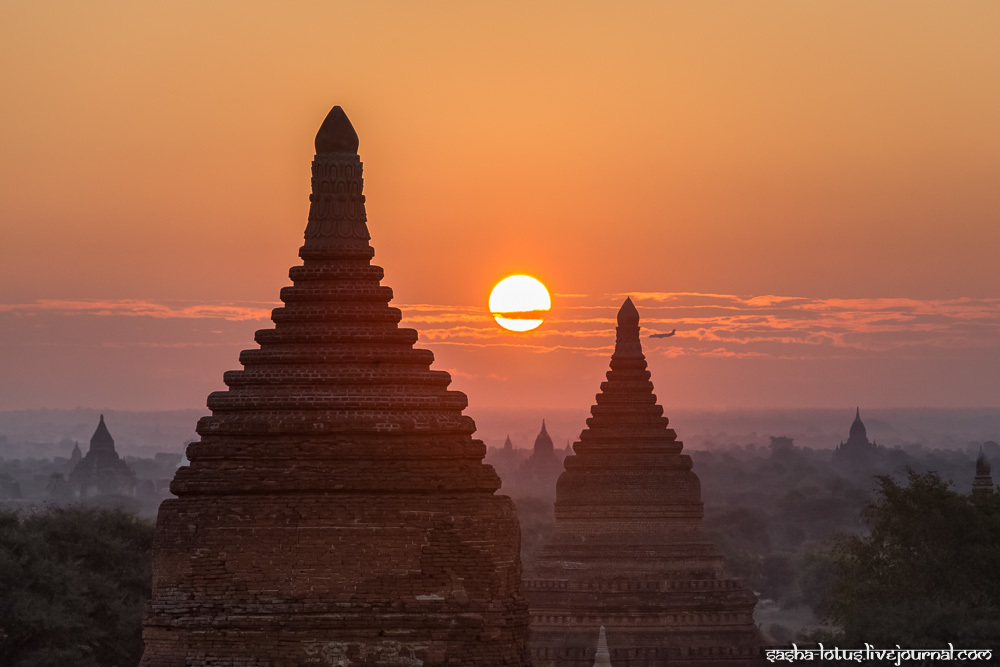 Dawn over the city of thousands of temples