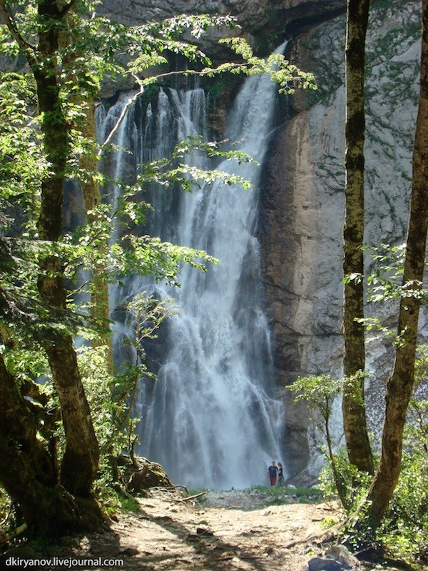 Гегский водопад, жемчужина
