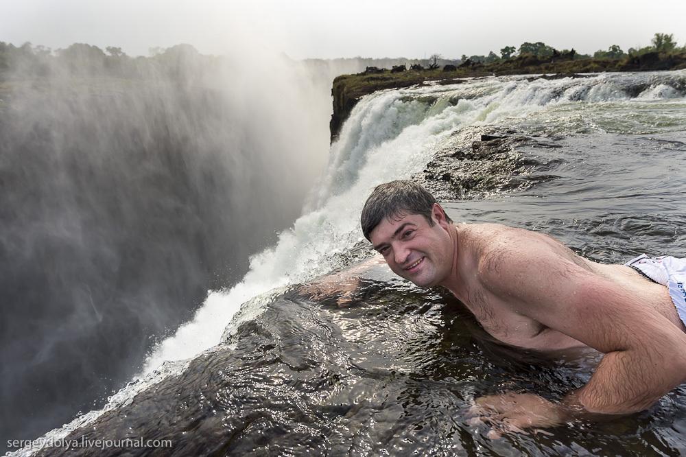 Самый большой водопад в мире - Водопад Виктория