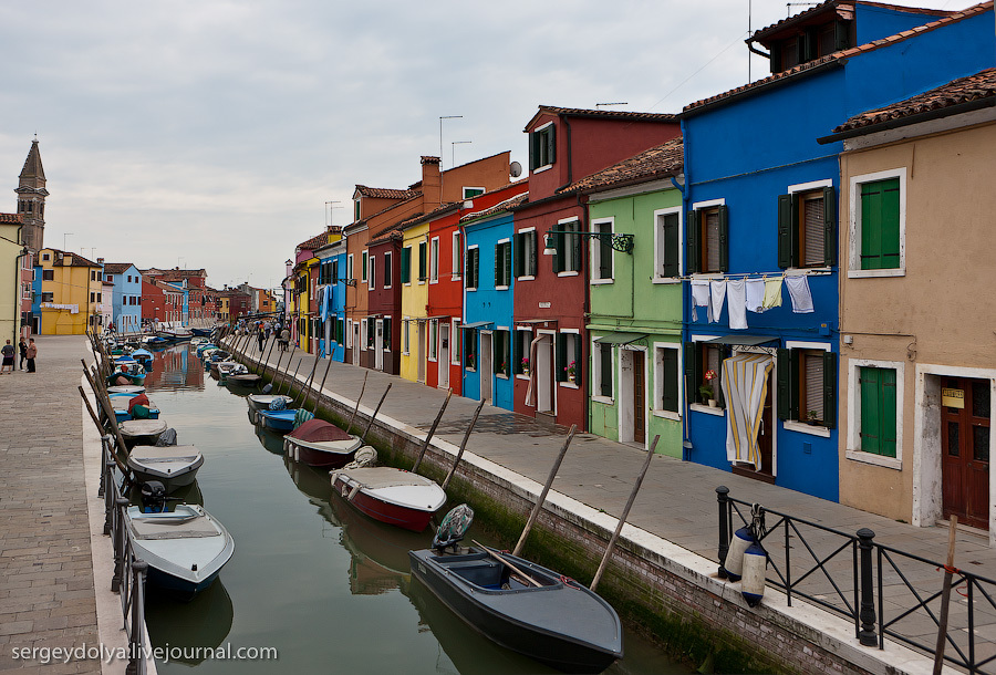 Бурано и Мурано - небольшие островки рядом с Венецией