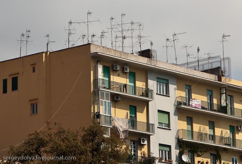 Количество антенн на некоторых домах напомнило Украину