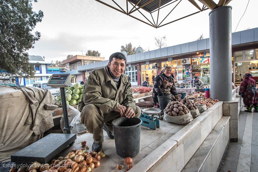 Узбекские рынки и местная кухня